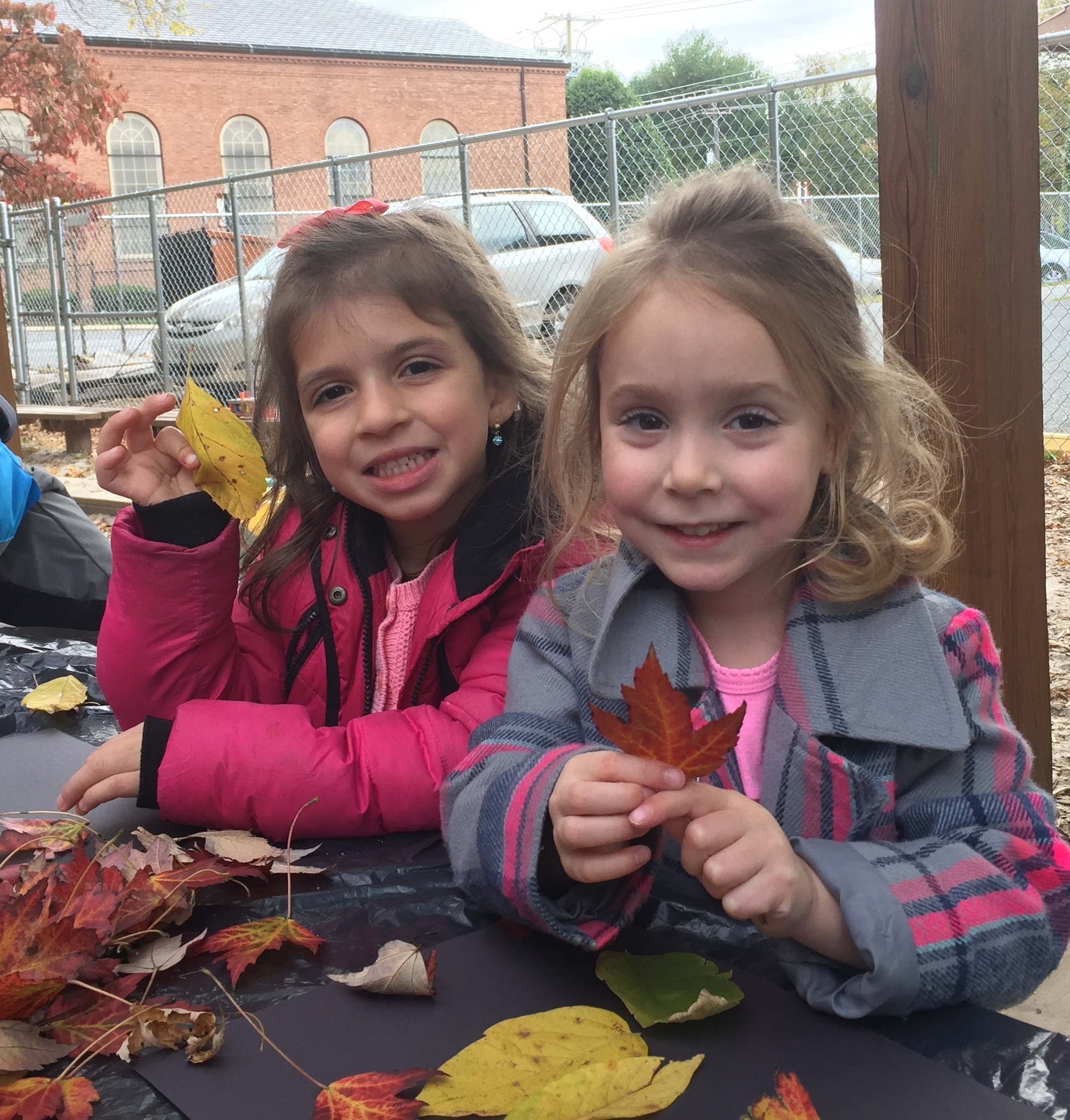 Extended Care leaf explorations. (Pre-K)